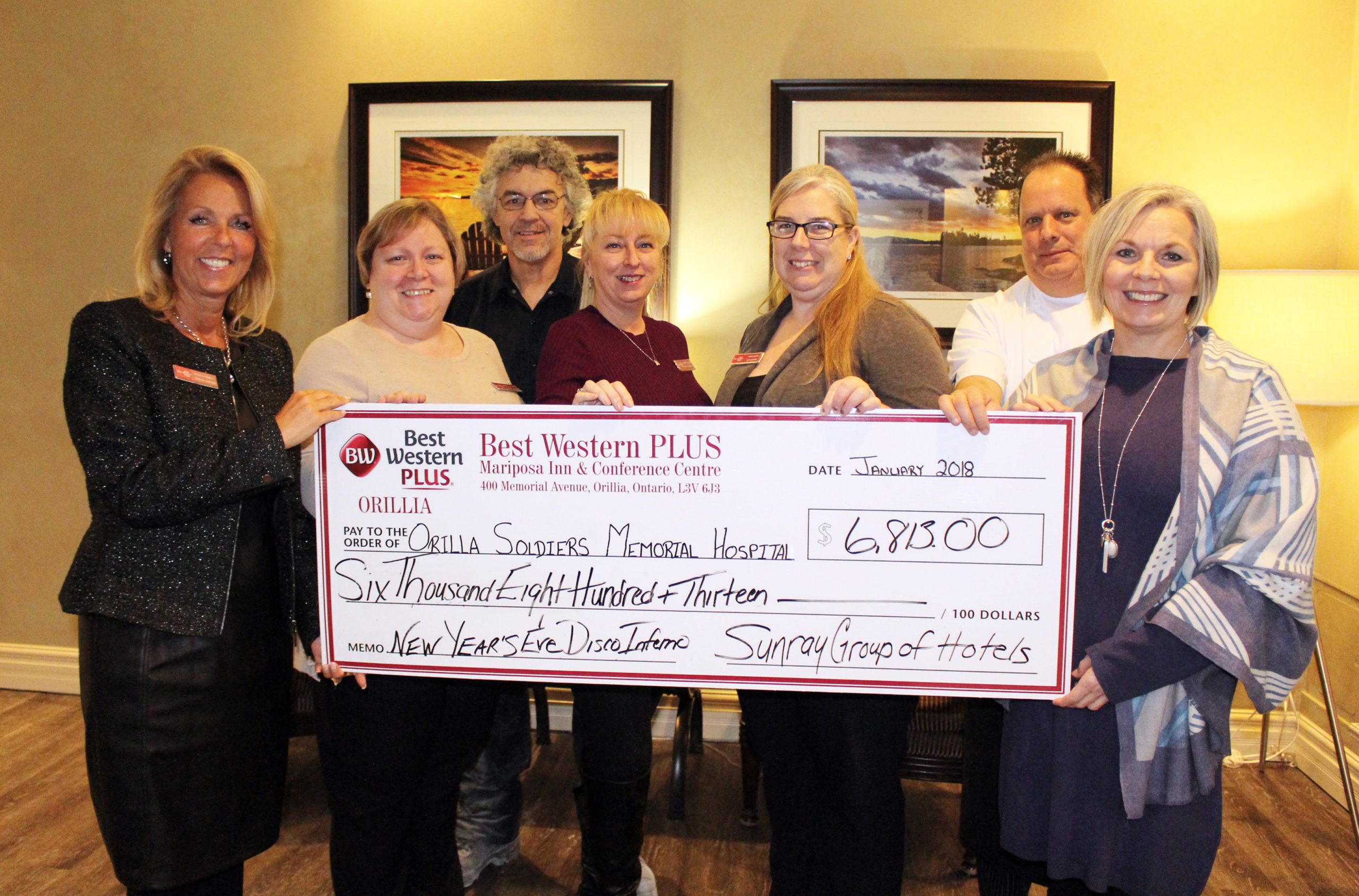 Best Western presents a cheque to Orillia Soldiers' Memorial Hospital Foundation